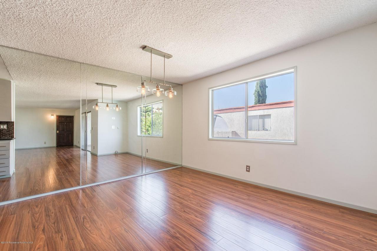 1146 LEXINGTON, Glendale, CA 91206 - snaplistla_14