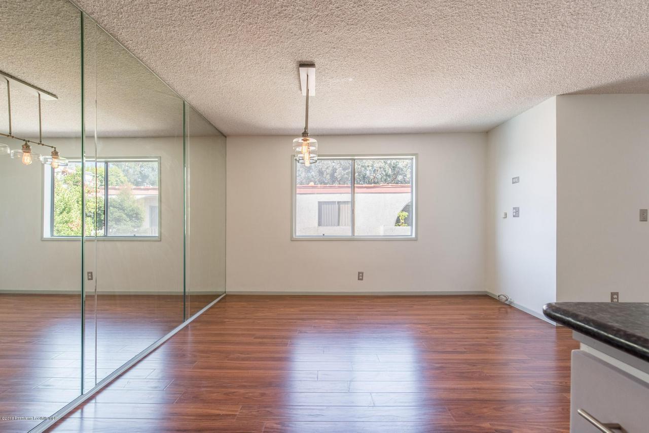 1146 LEXINGTON, Glendale, CA 91206 - snaplistla_15