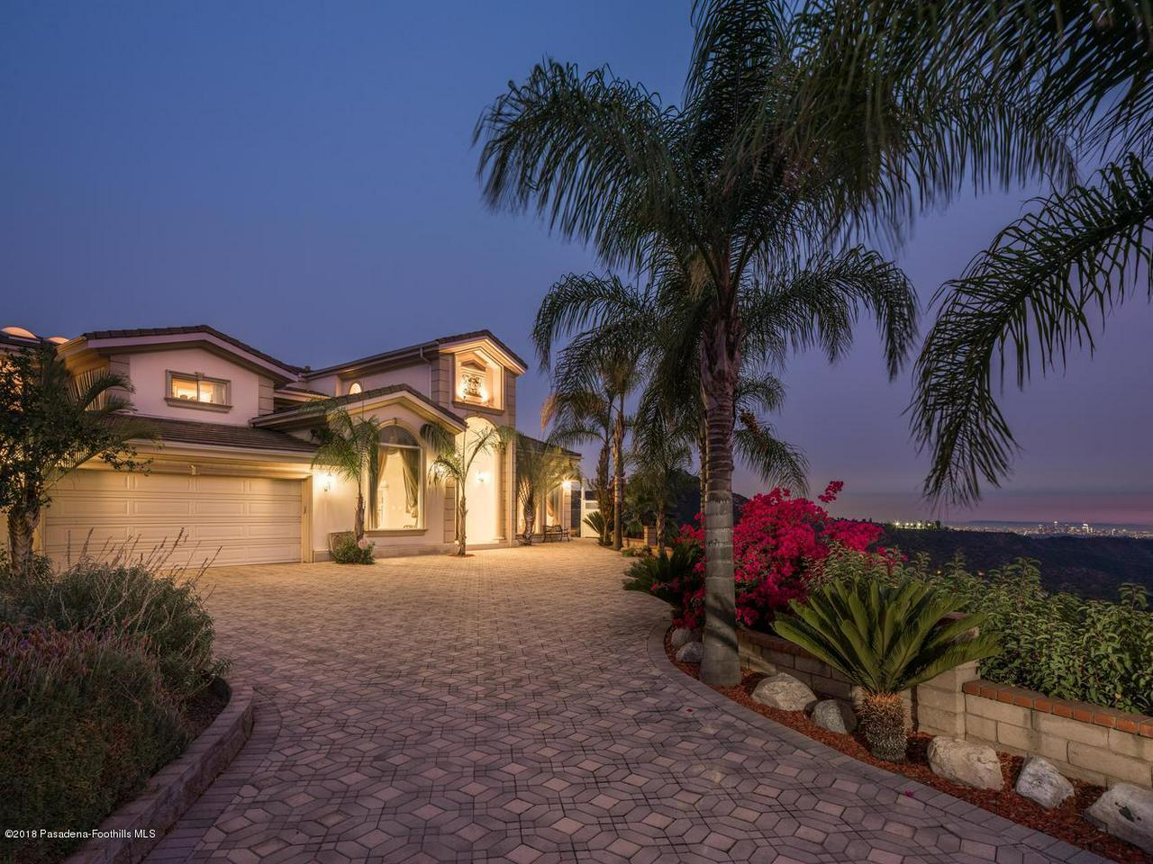 Glendale                                                                      , CA - $2,600,000