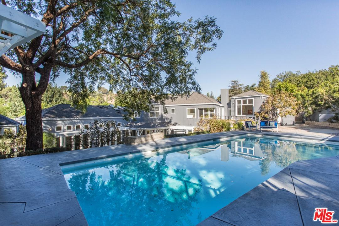 Photo of 3900 KINGSWOOD RD, Sherman Oaks, CA 91403