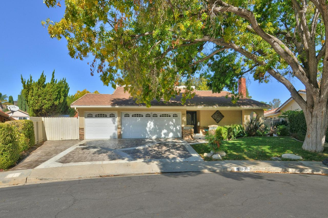 Photo of 907 SANDPIPER CIRCLE, Westlake Village, CA 91361