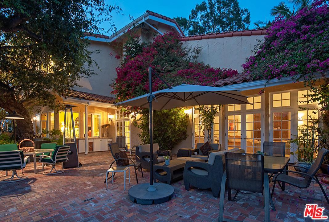 Photo of 9714 OAK PASS RD, Beverly Hills, CA 90210