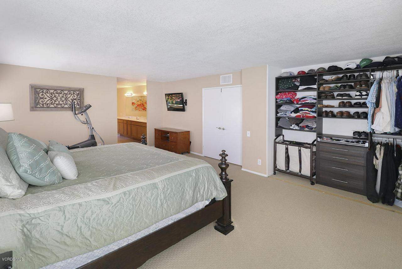 4076 DONEVA, Moorpark, CA 93021 - mMaster Suite2