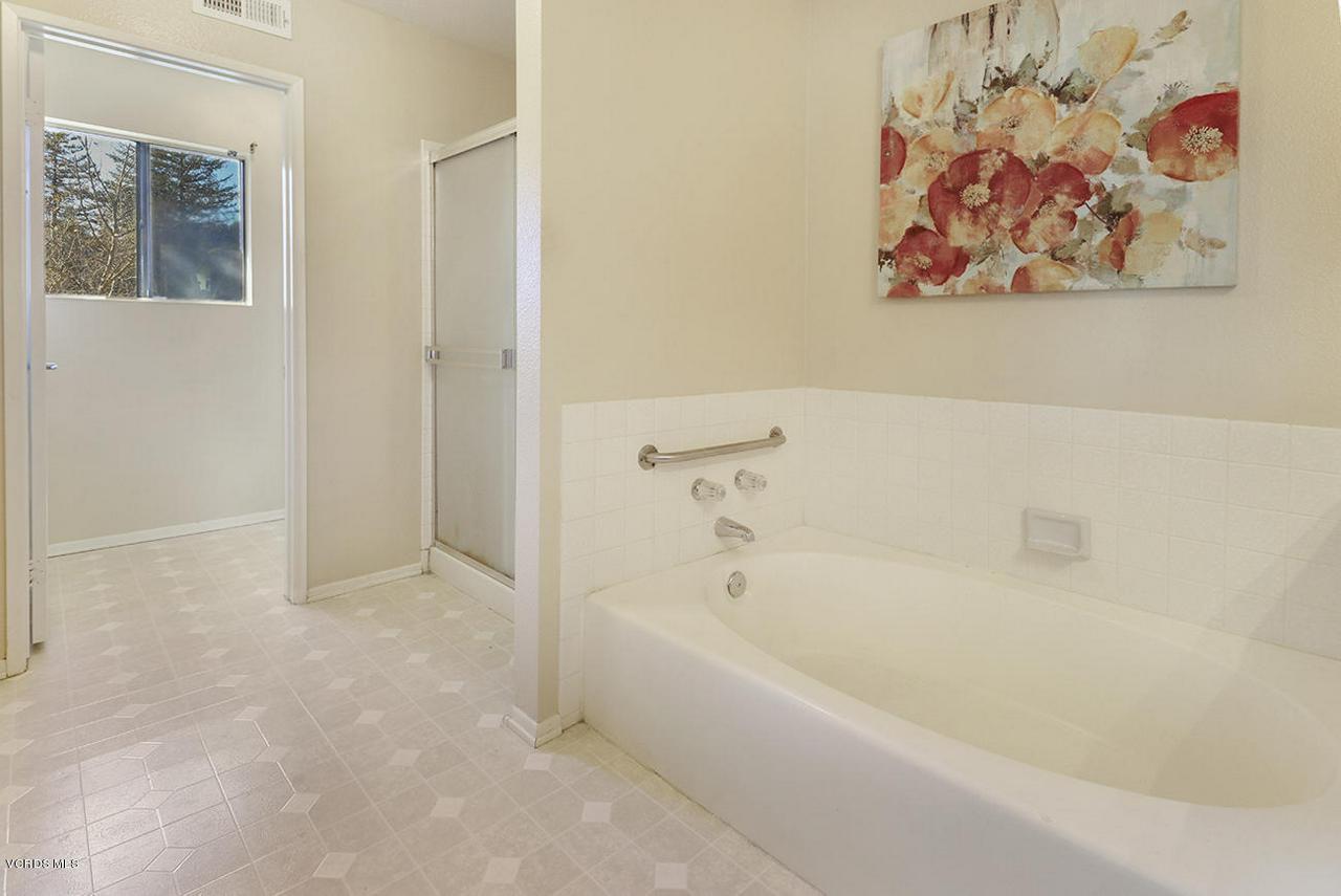 4076 DONEVA, Moorpark, CA 93021 - mMaster Suite6