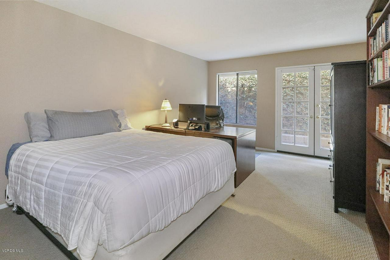 4076 DONEVA, Moorpark, CA 93021 - gGuest Bedroom1-1