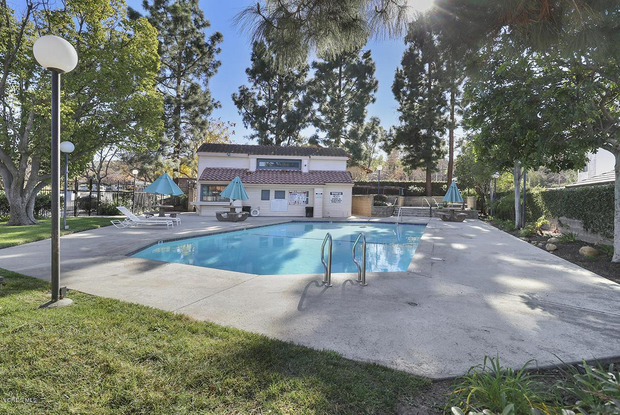 4076 DONEVA, Moorpark, CA 93021 - oCommunity Pool