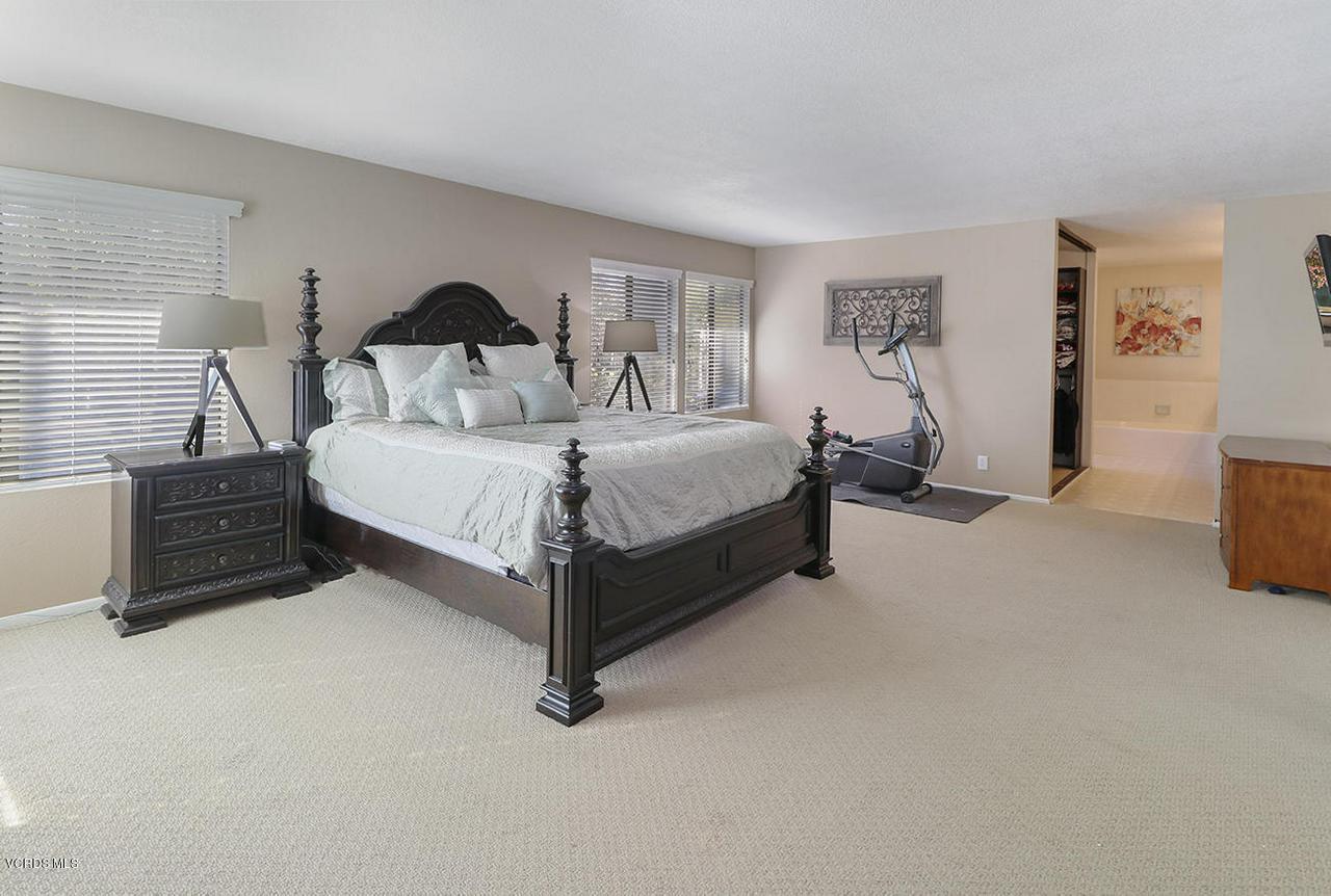 4076 DONEVA, Moorpark, CA 93021 - mMaster Suite3