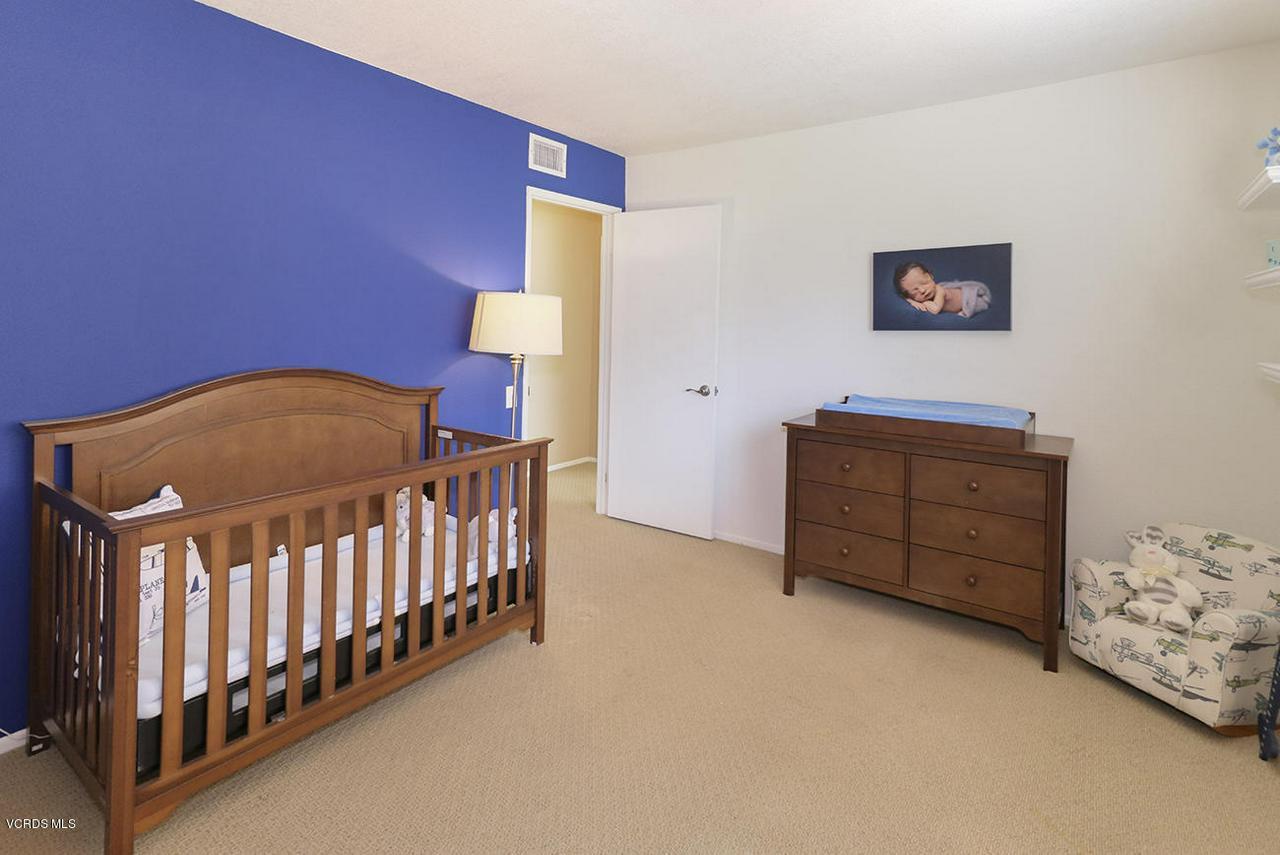 4076 DONEVA, Moorpark, CA 93021 - jBedroom2-2