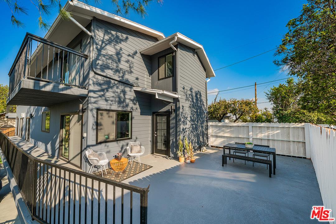 2545 MEDLOW, Los Angeles (City), CA 90041