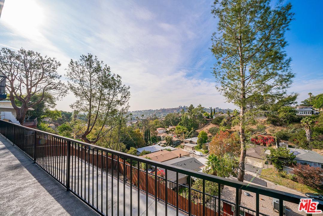 2545 MEDLOW, Los Angeles (City), CA 90041