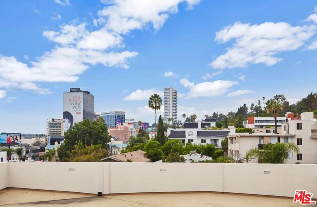 8788 SHOREHAM, West Hollywood, CA 90069