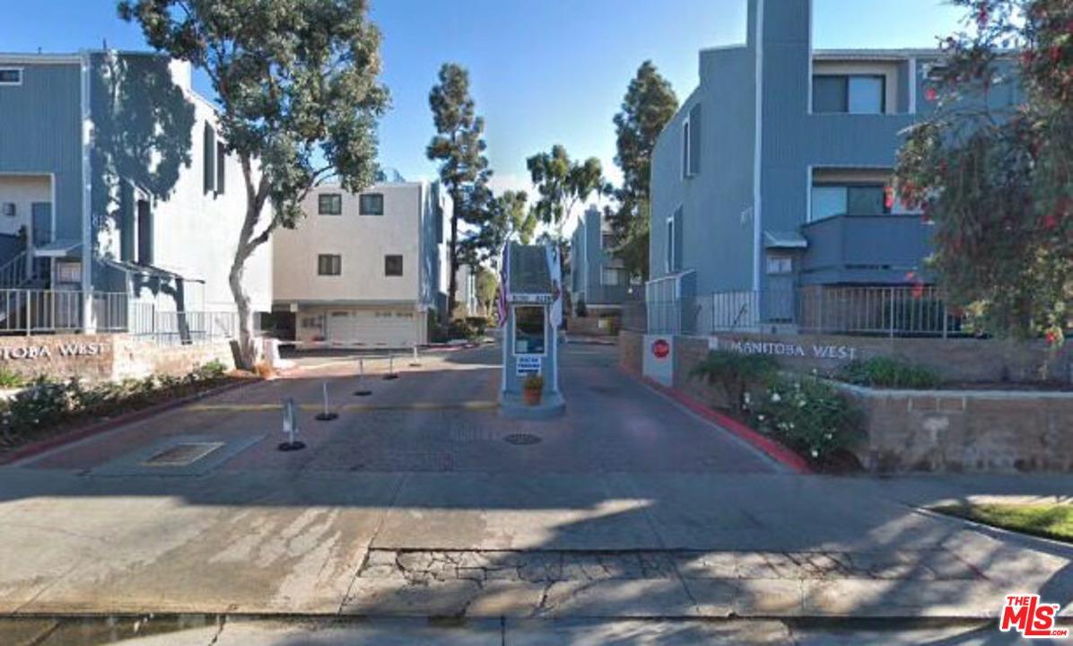 8160 MANITOBA, Playa Del Rey, CA 90293