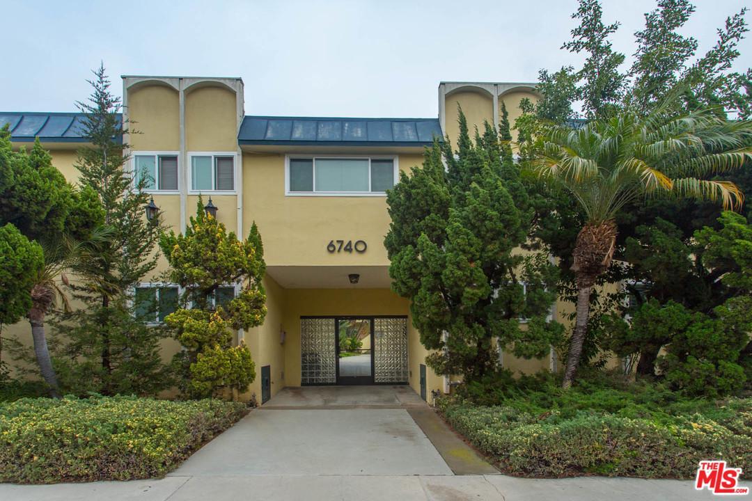 6740 SPRINGPARK, Los Angeles (City), CA 90056