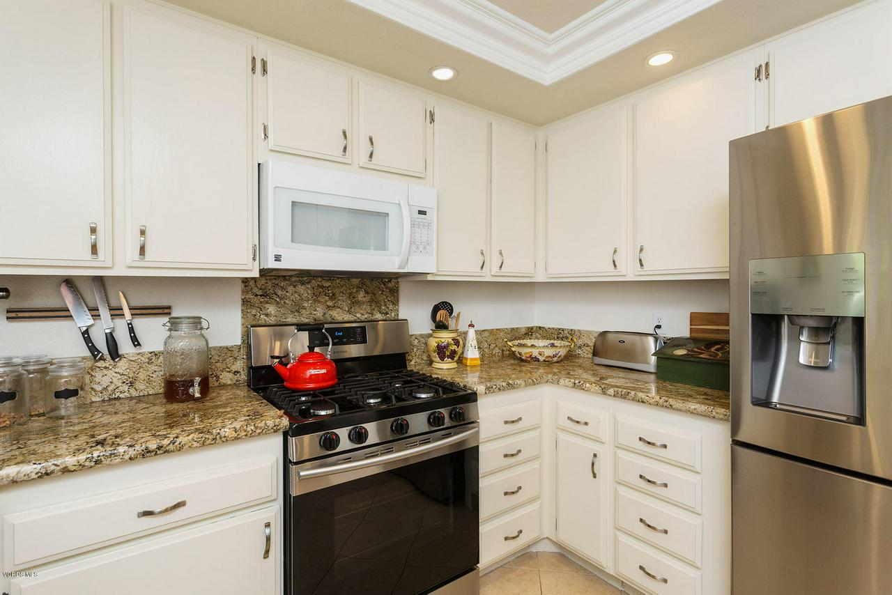 1683 FEATHER, Thousand Oaks, CA 91360 - Feather14-mls