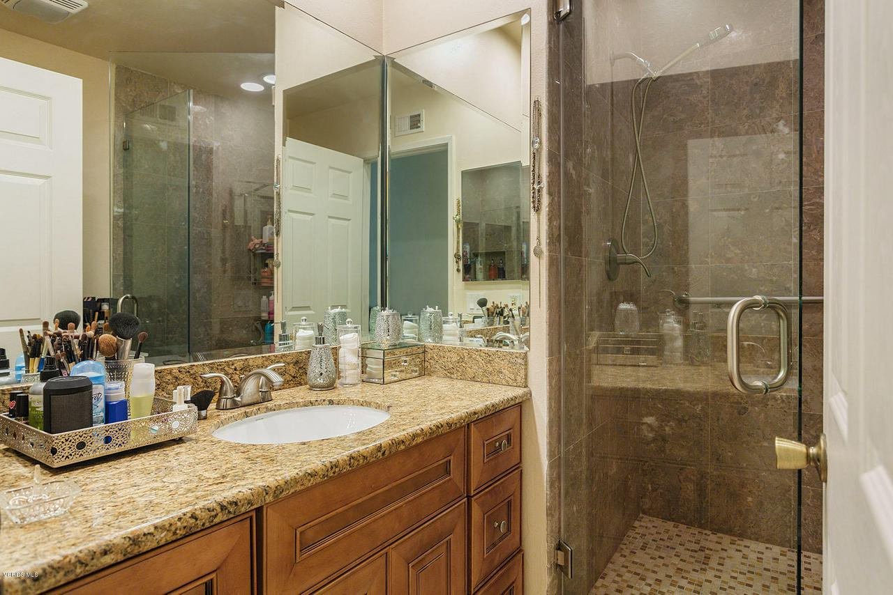 1683 FEATHER, Thousand Oaks, CA 91360 - Feather20-mls