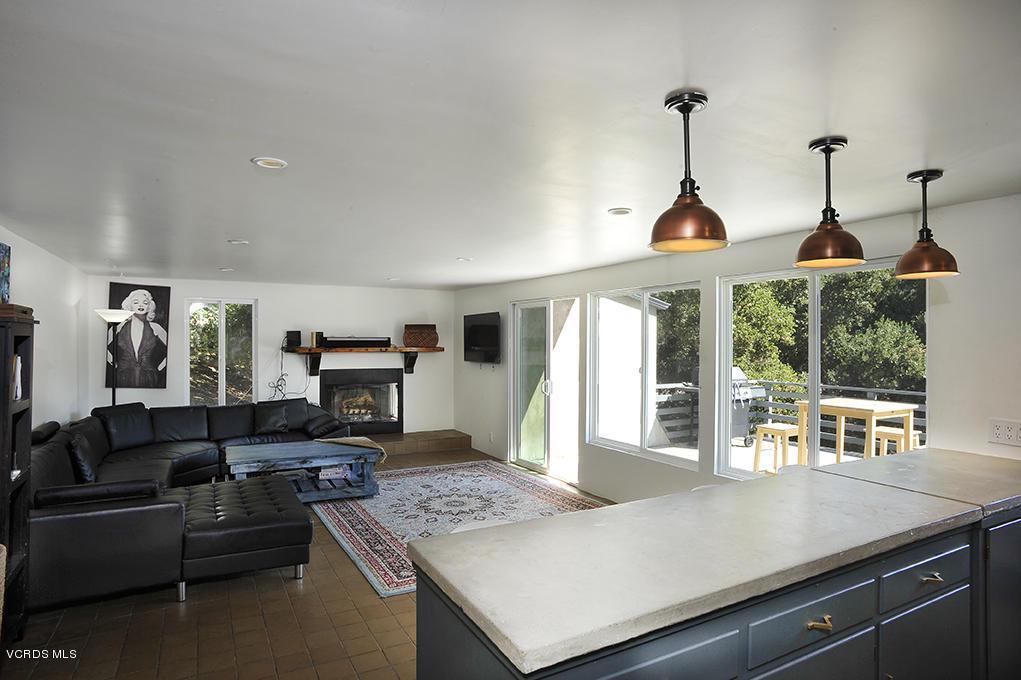 33206 DECKER SCHOOL, Malibu, CA 90265 - Kitchen open to Living Room