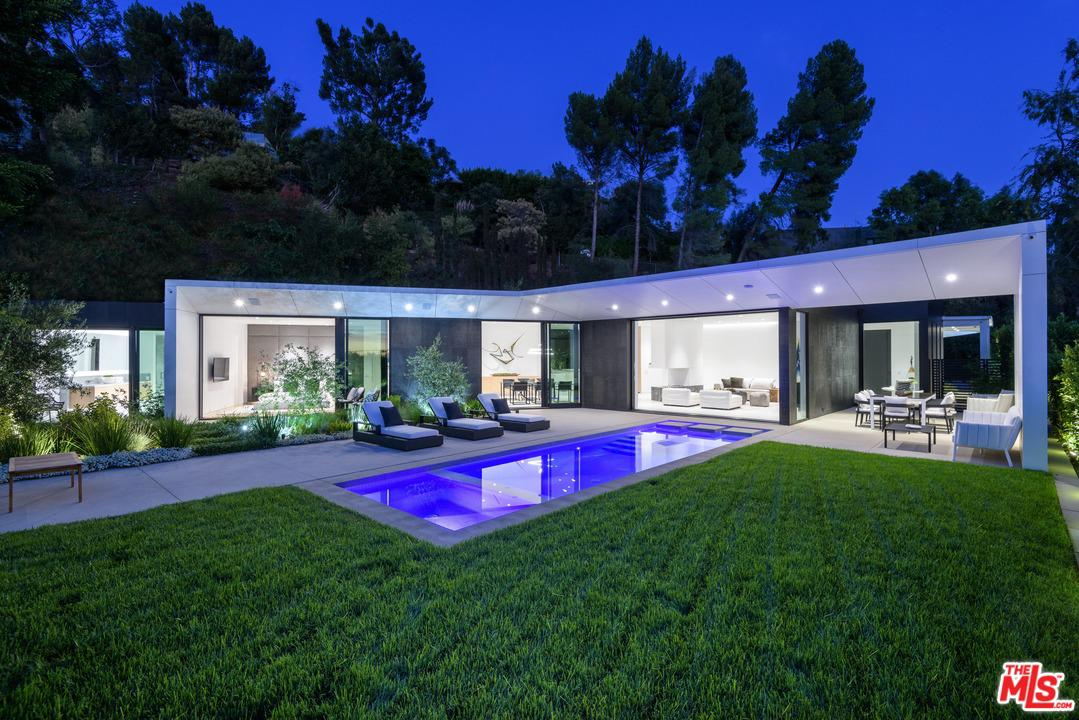 9061 THRASHER Avenue - Sunset Strip / Hollywood Hills West, California