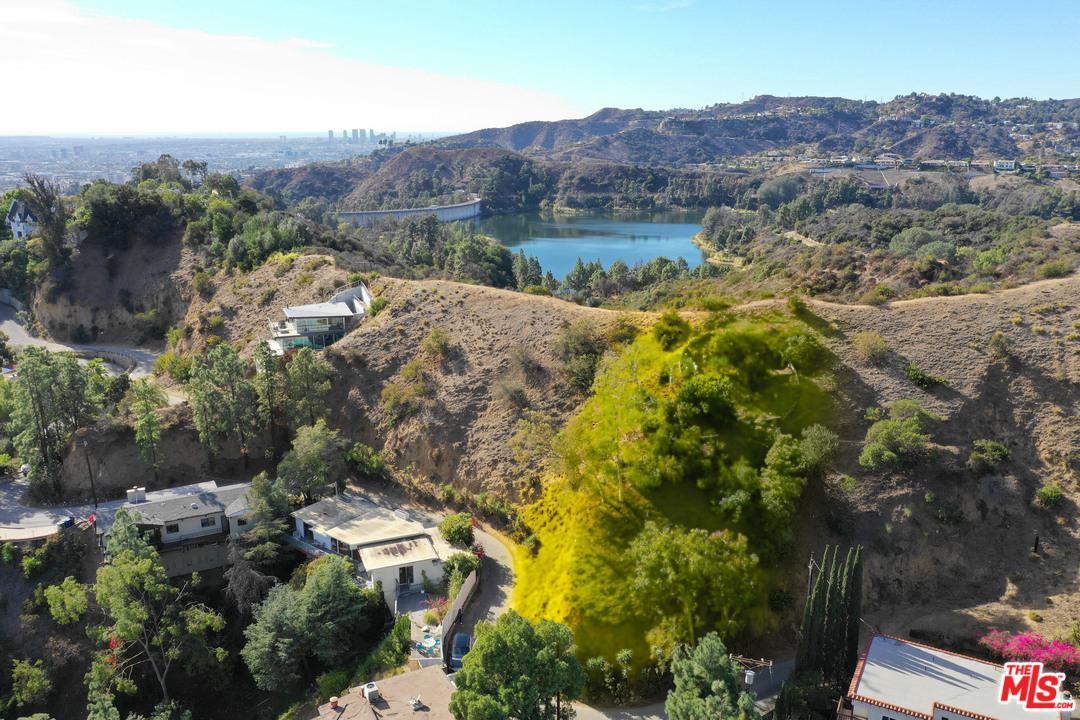 2949 DURAND, Los Angeles (City), CA 90068