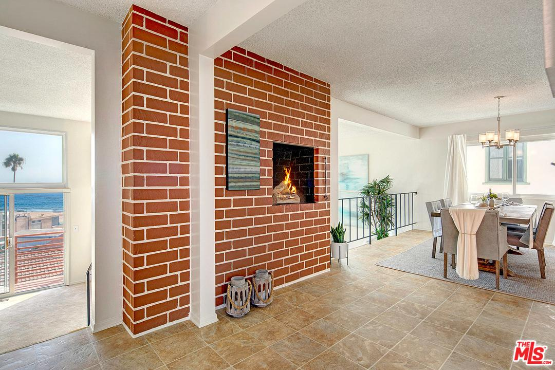 228 REDLANDS, Playa Del Rey, CA 90293