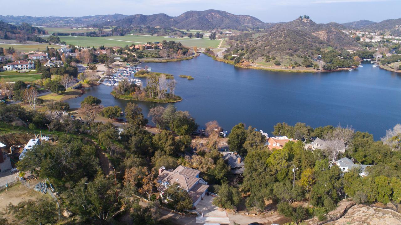 115 GILES, Lake Sherwood, CA 91361 - Lake Ariel