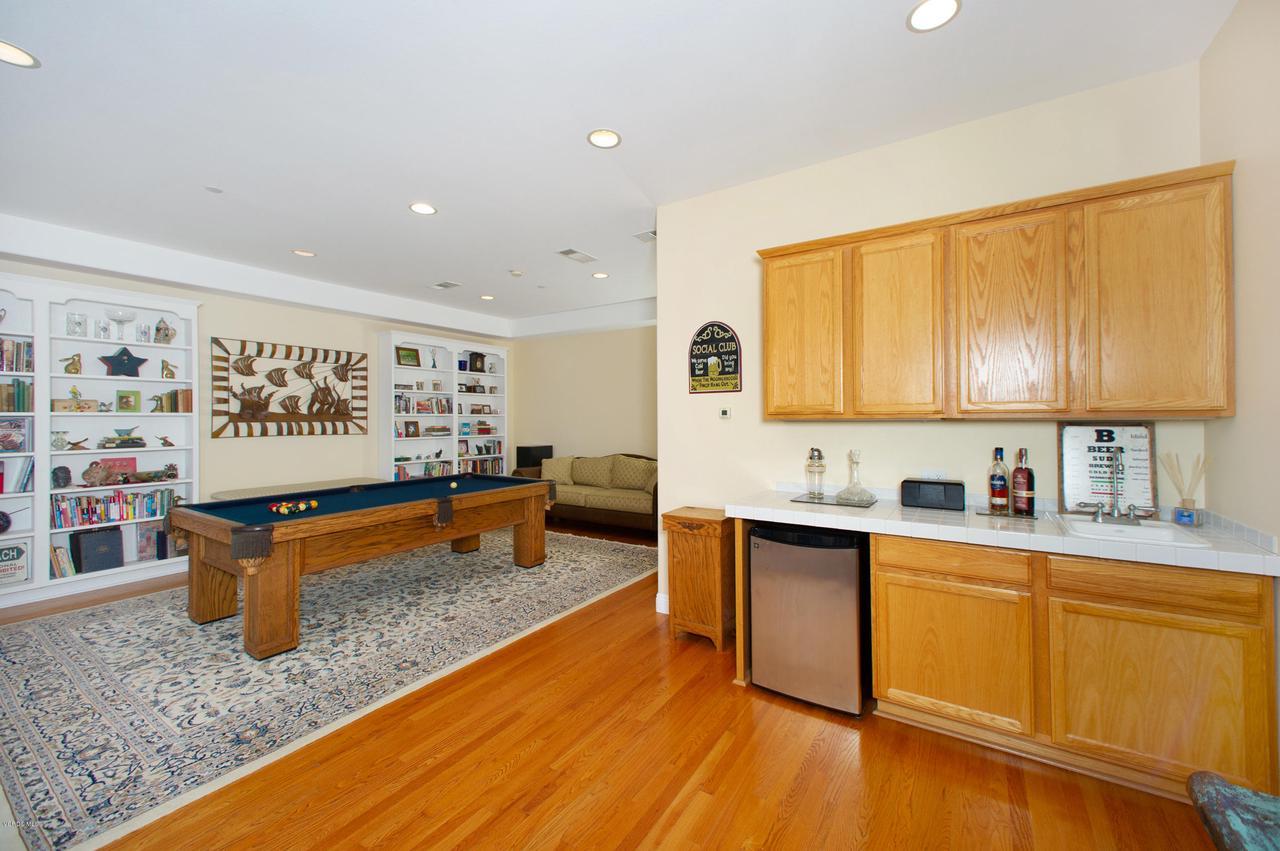 115 GILES, Lake Sherwood, CA 91361 - Billiard Room lower level