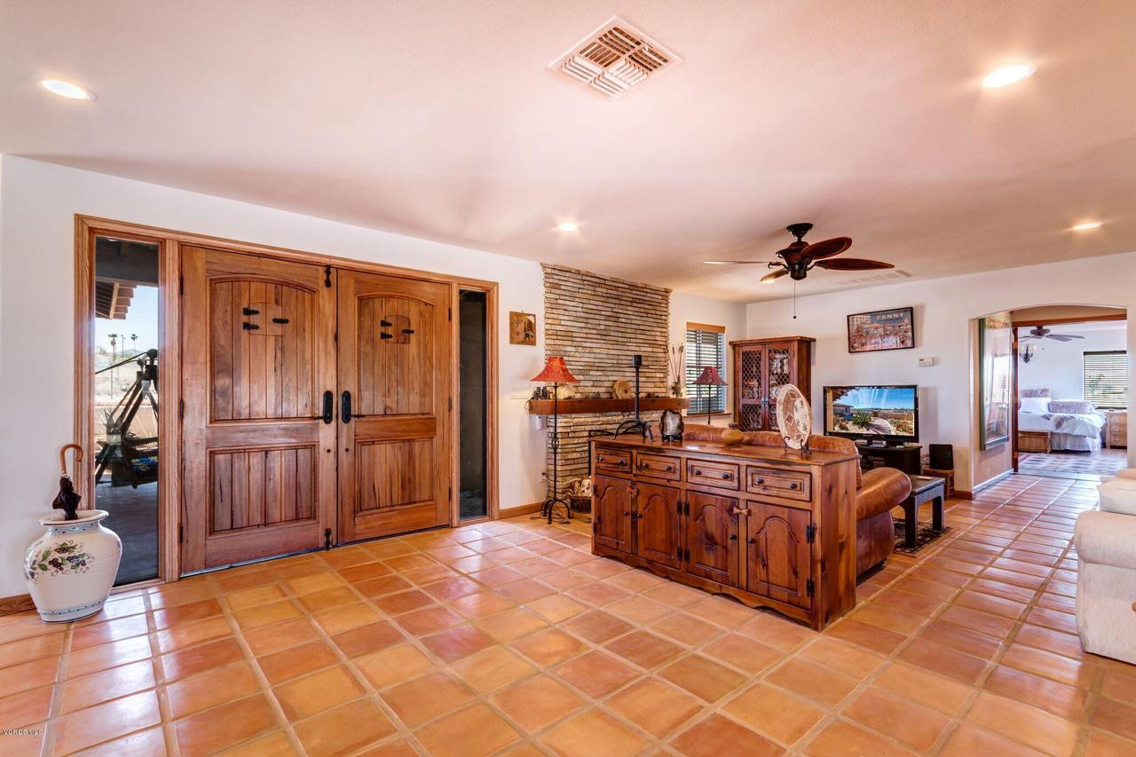 74784 FOOTHILL, 29 Palms, CA 92277 - Entry Doors