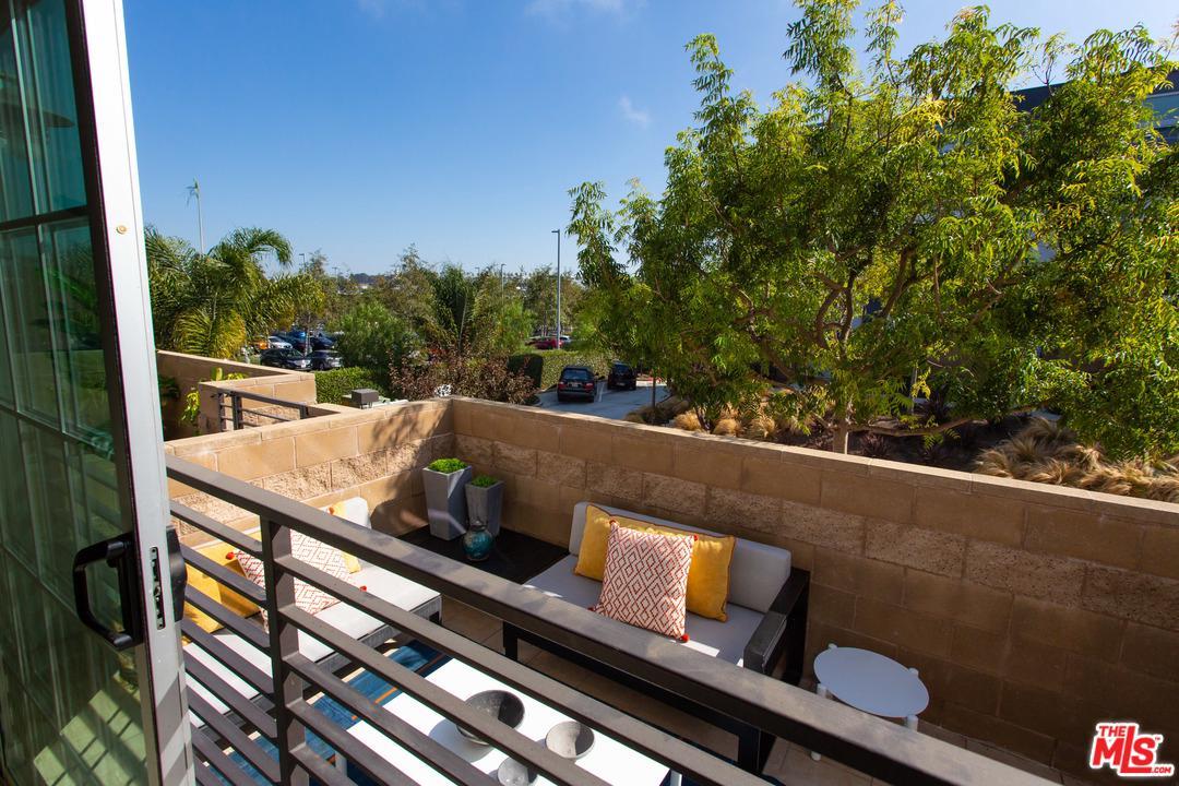 5300 PLAYA VISTA, Playa Vista, CA 90094