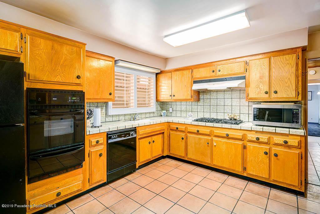 1942 PINECREST, Altadena, CA 91001 - 1942 Pinecrest Dr-MLS-014