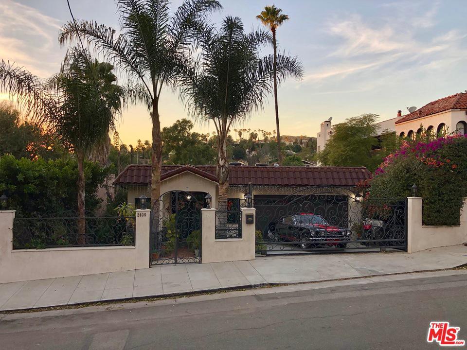 2035 IVAR, Los Angeles (City), CA 90068