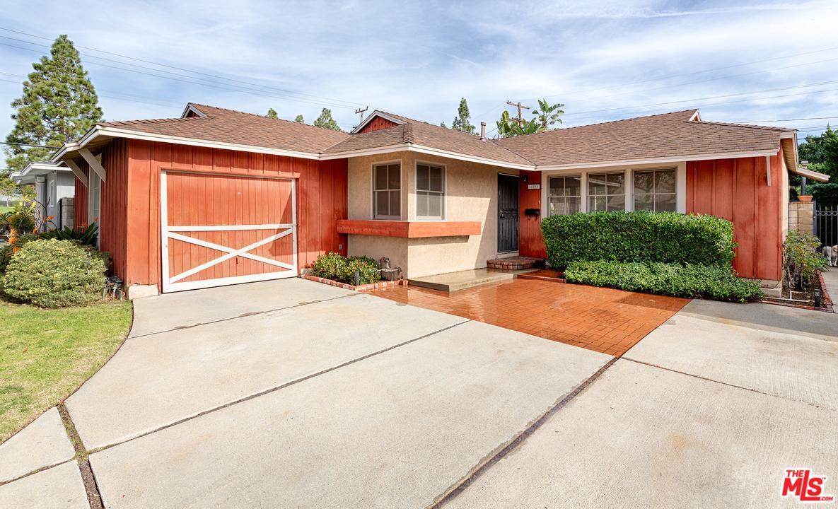 Photo of 11210 MALAT WAY, Culver City, CA 90230
