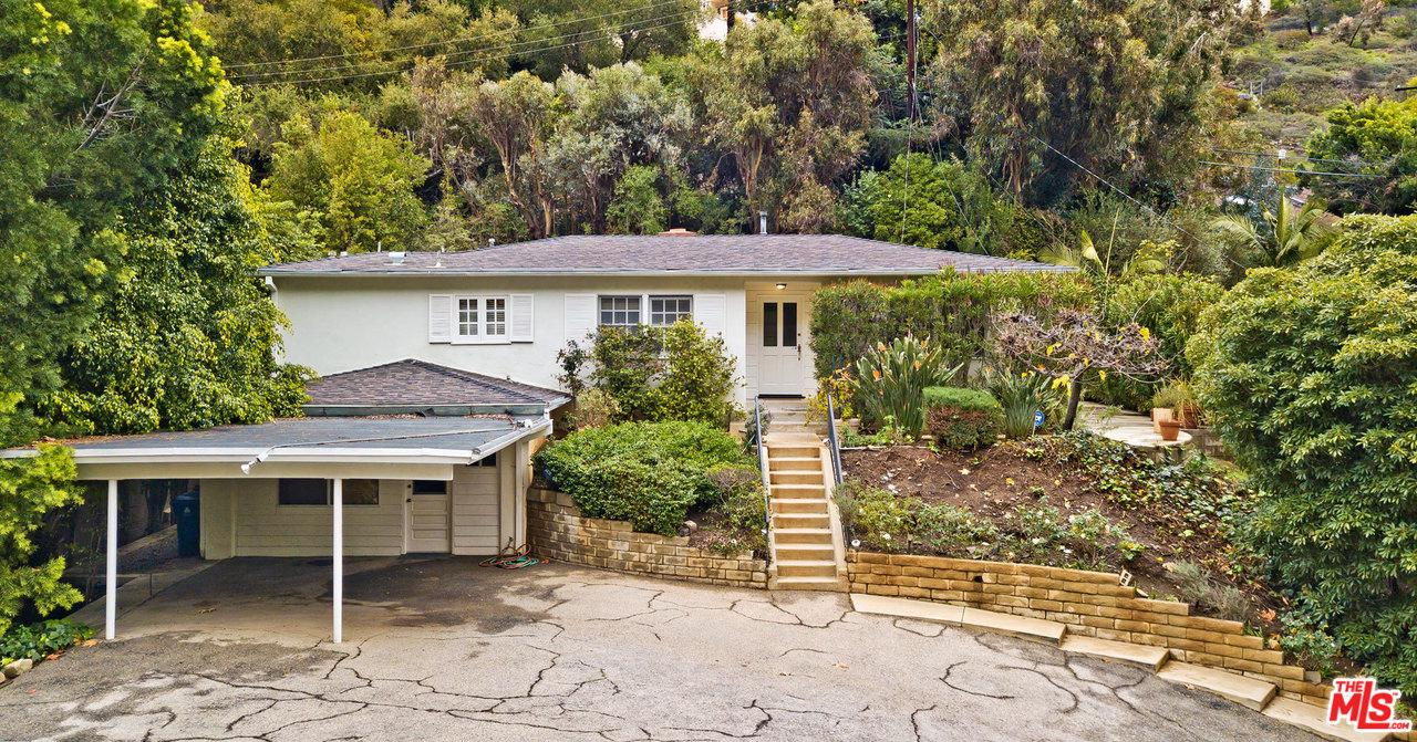 Photo of 1578 BENEDICT CANYON DR, Beverly Hills, CA 90210