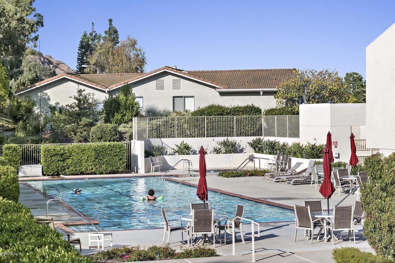 6458 SAN COMO, Camarillo, CA 93012 - 6458 San Como Ln-025-28-Community Pool-M