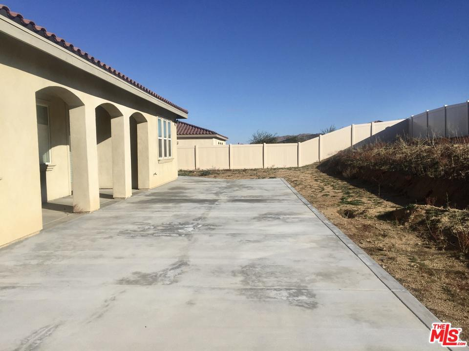 56159 MOUNTAIN VIEW, Yucca Valley, CA 92284