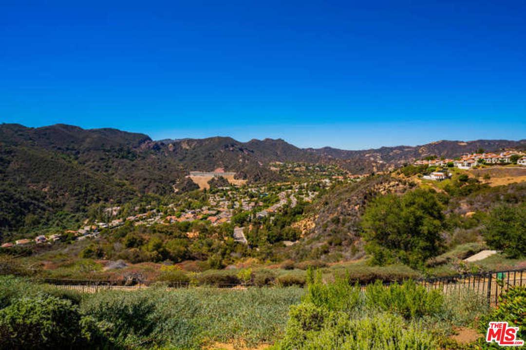 16826 MONTE HERMOSO, Pacific Palisades, CA 90272