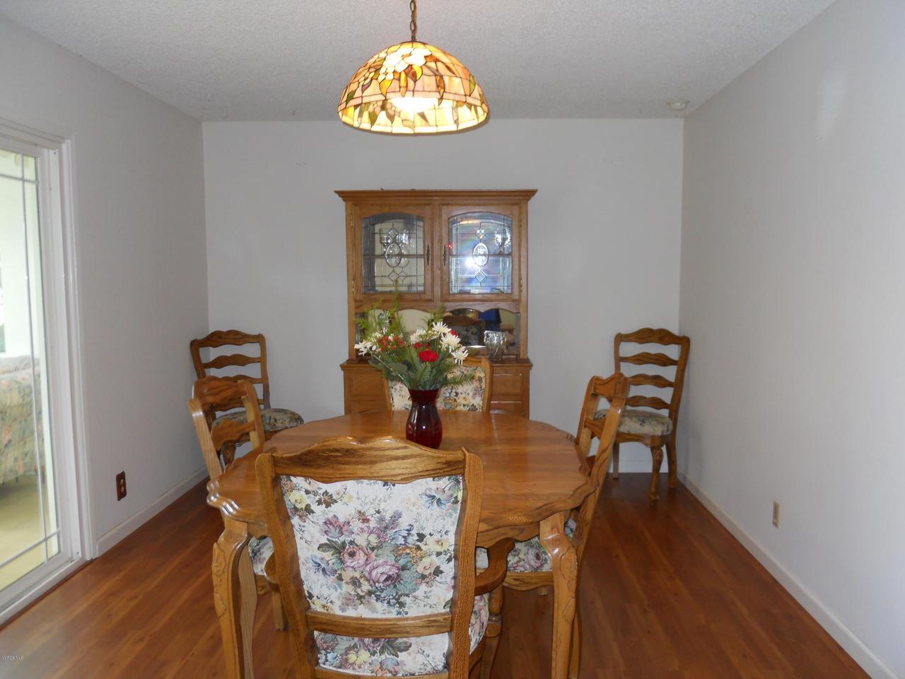 1207 SEYBOLT, Camarillo, CA 93010 - Dining Room