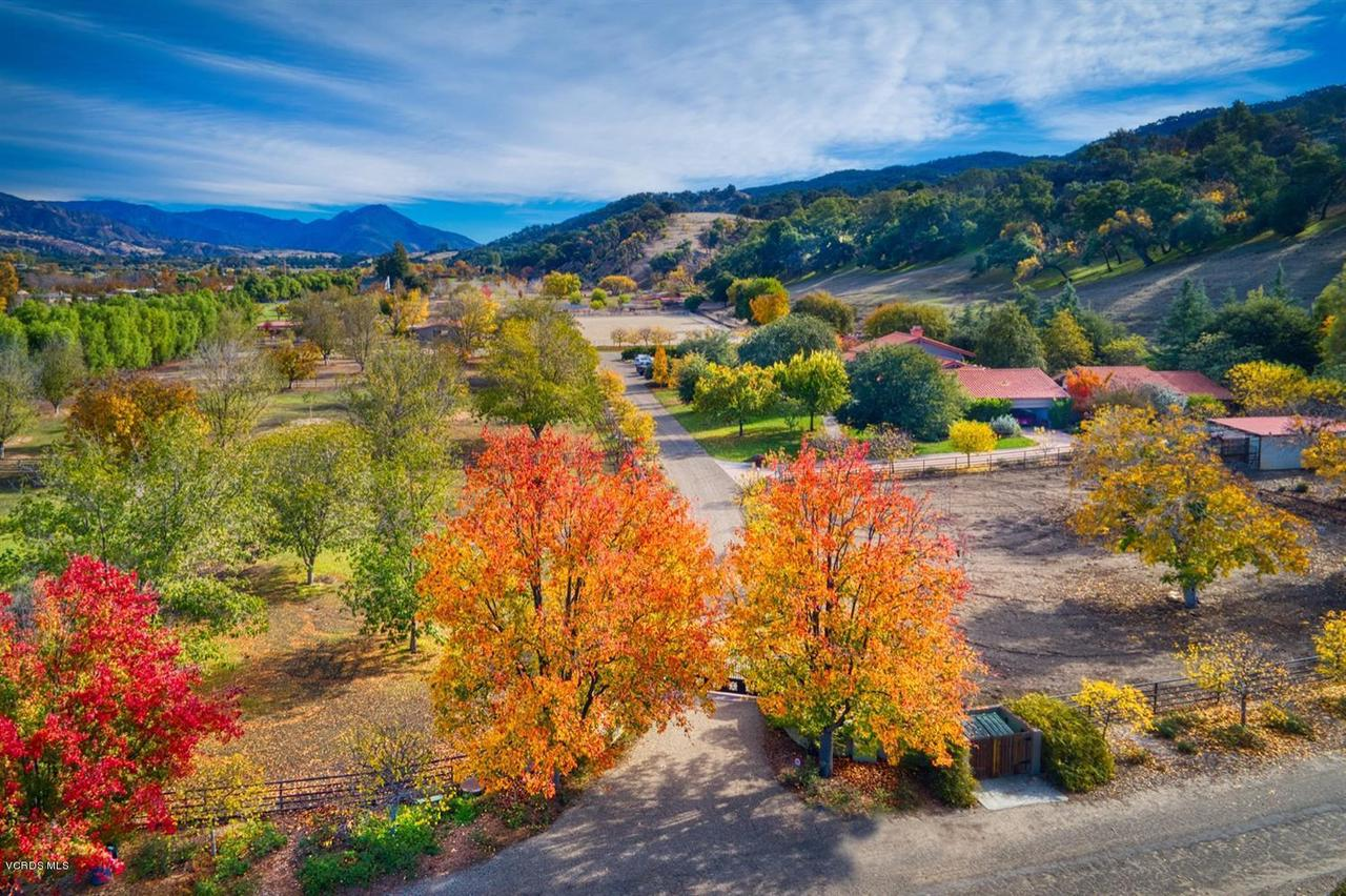 Photo of 12150 MOUNTAIN LION ROAD, Ojai, CA 93023