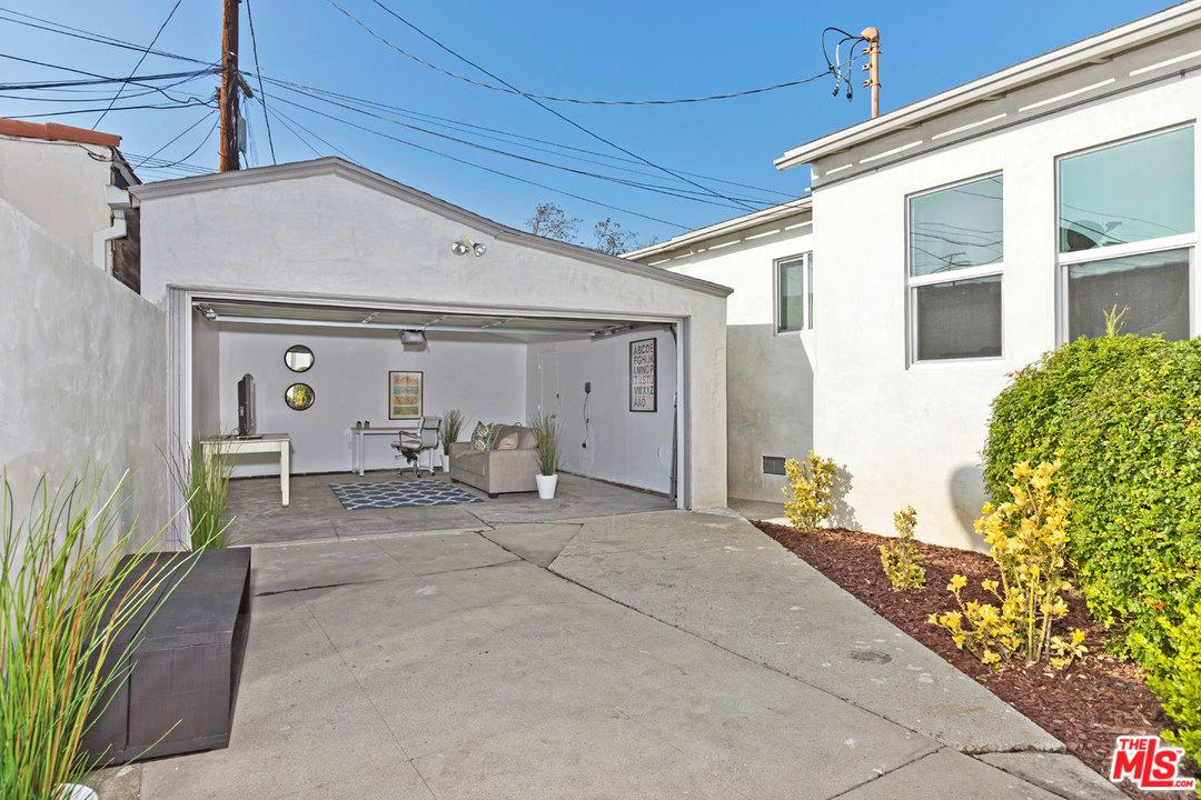 1653 CURSON, Los Angeles (City), CA 90019