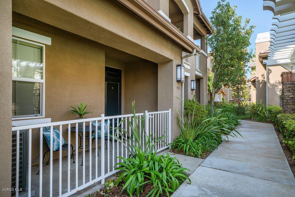 4511 VIA DEL SOL, Camarillo, CA 93012 - Entry 4511 Via Del Sol