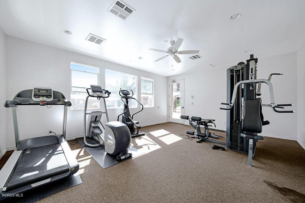 4511 VIA DEL SOL, Camarillo, CA 93012 - Tesoro Walk fitness center