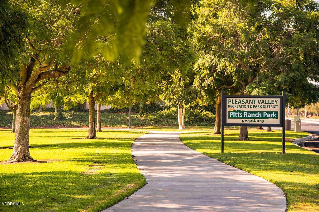 4511 VIA DEL SOL, Camarillo, CA 93012 - Pitts Ranch Park walkway