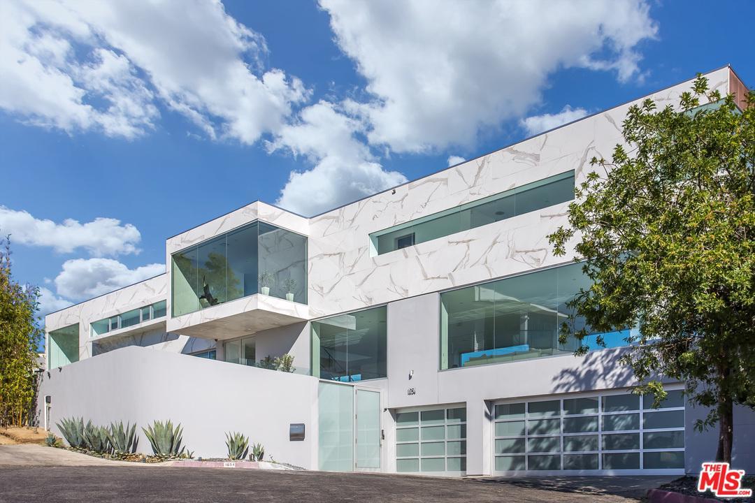 1654 BLUE JAY, Los Angeles (City), CA 90069