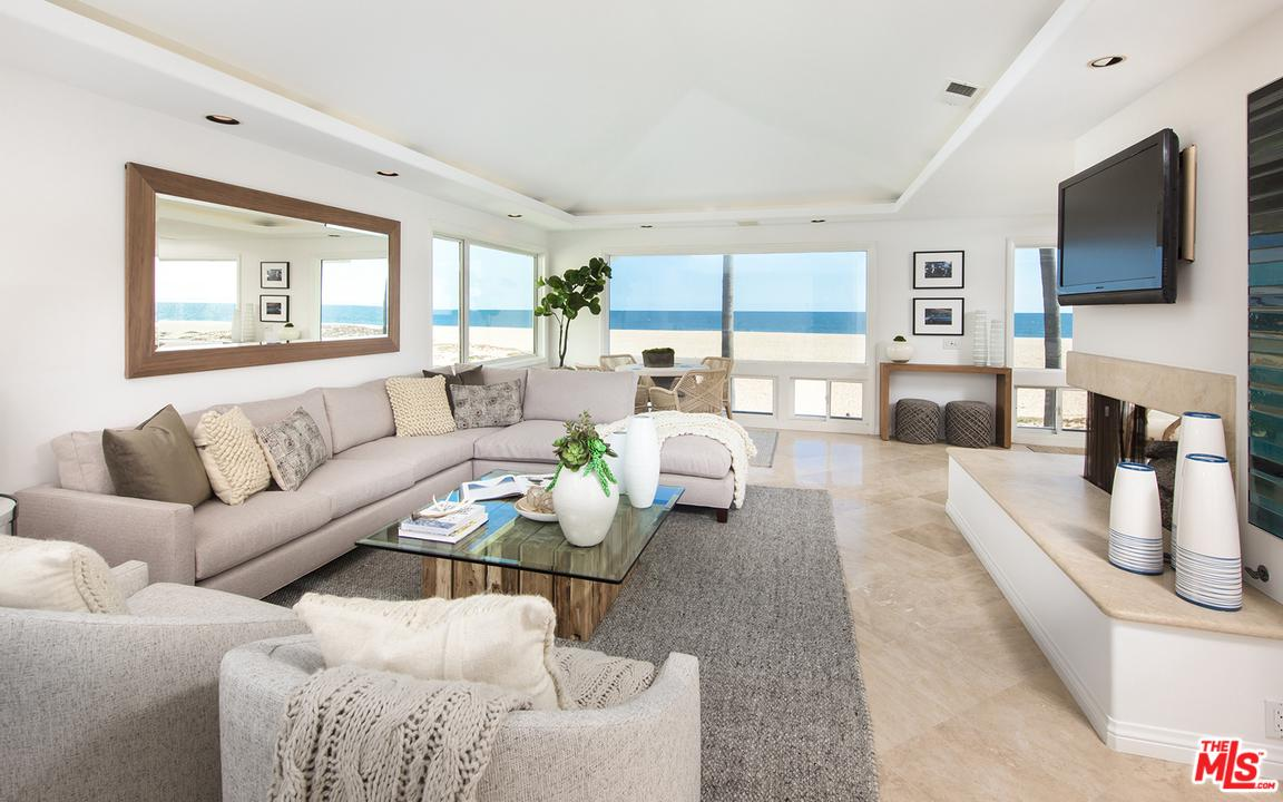 2104 OCEANFRONT, Newport Beach, CA 92661