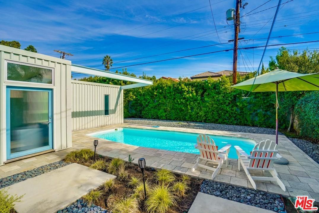 530 MARTEL, Los Angeles (City), CA 90036