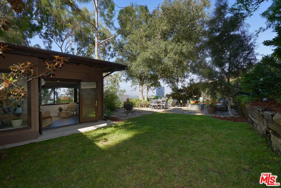 3574 MULTIVIEW, Los Angeles (City), CA 90068