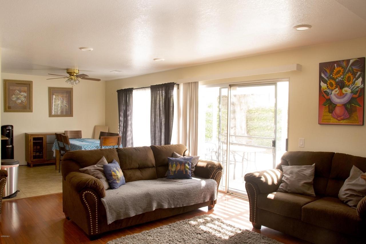 576 SALAS, Santa Paula, CA 93060 - Open Family Area