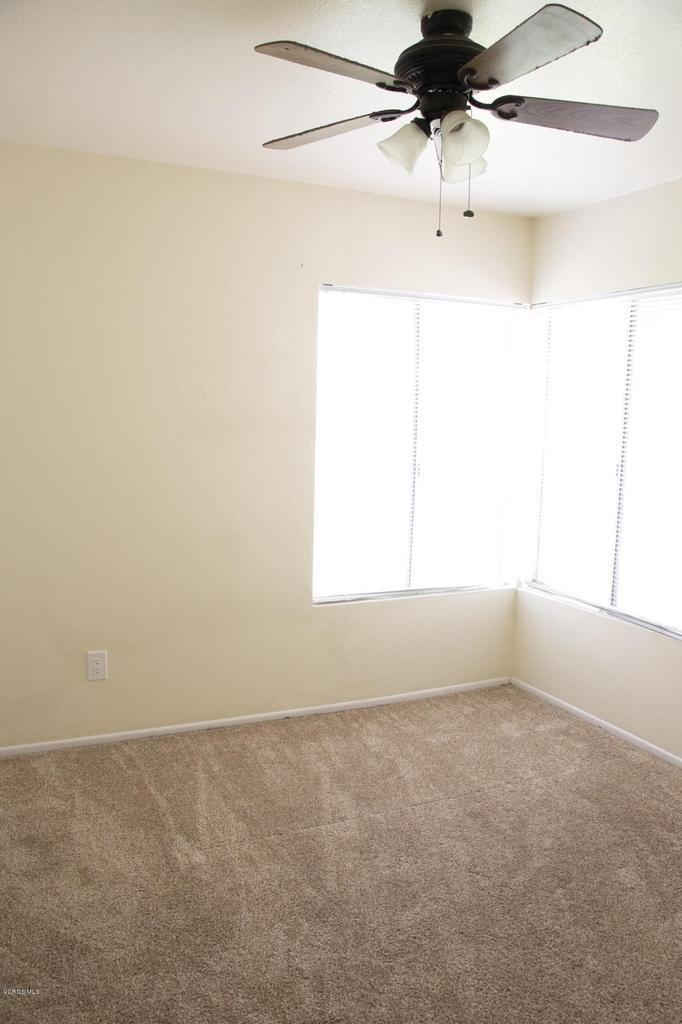 576 SALAS, Santa Paula, CA 93060 - Bedroom