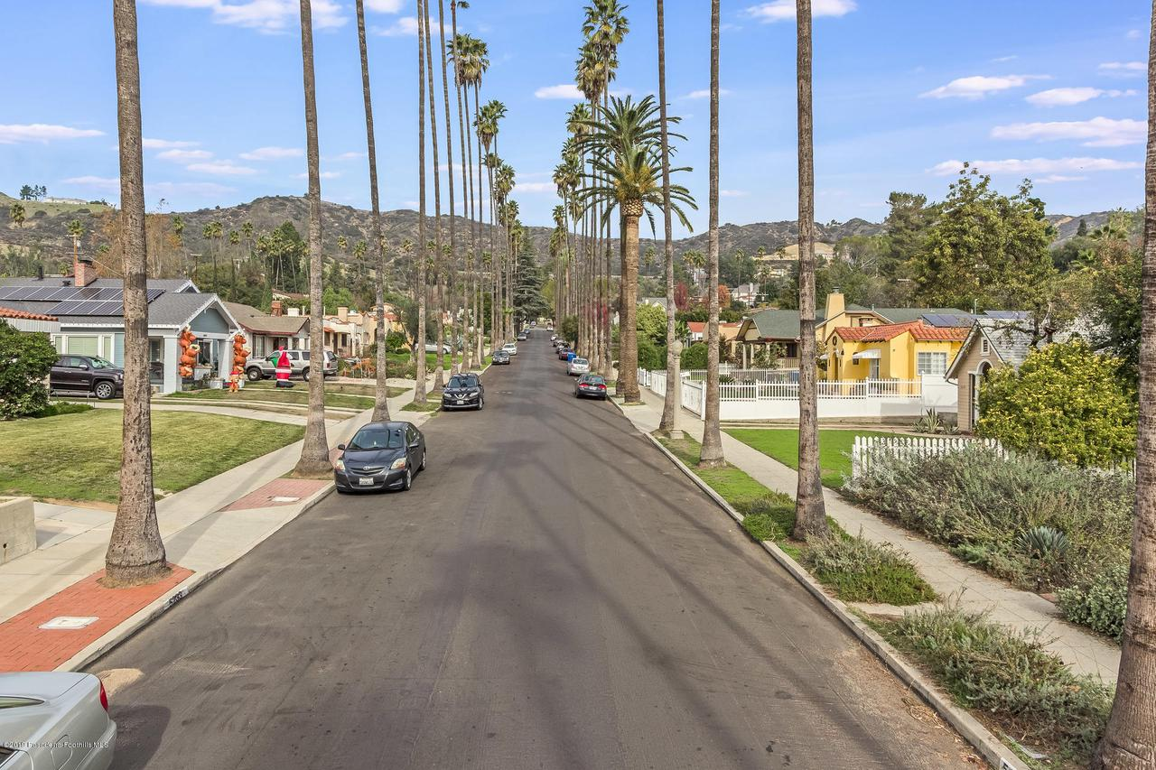 5238 TOWNSEND, Los Angeles (City), CA 90041 - w.18-1204.street_a