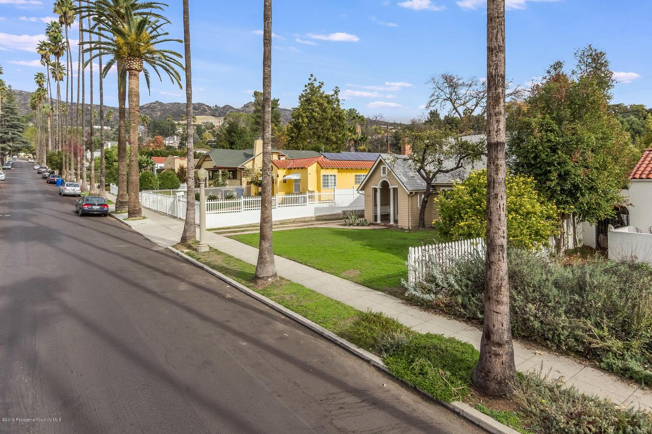 5238 TOWNSEND, Los Angeles (City), CA 90041 - w.18-1204.street_b