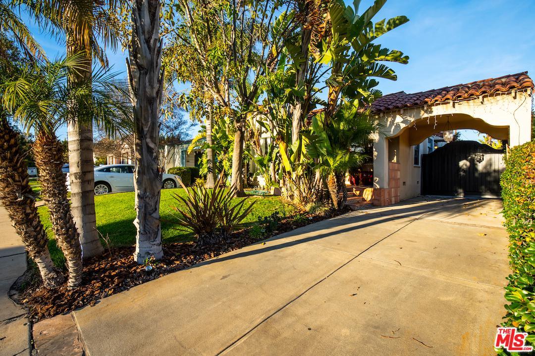 Photo of 1644 WELLESLEY AVE, Los Angeles, CA 90025