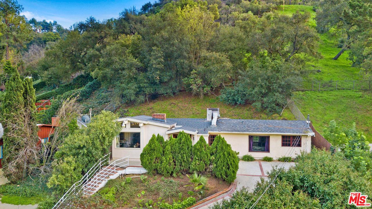 Photo of 9830 WANDA PARK DR, Beverly Hills, CA 90210